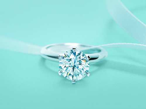 tiffany-accuses-costco-of-using-its-brand-to-sell-engagement-rings